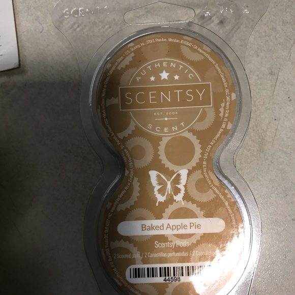 Scentsy pods Baked Apple Pie new in package